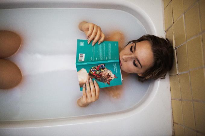 badewanne buch frau milchbad