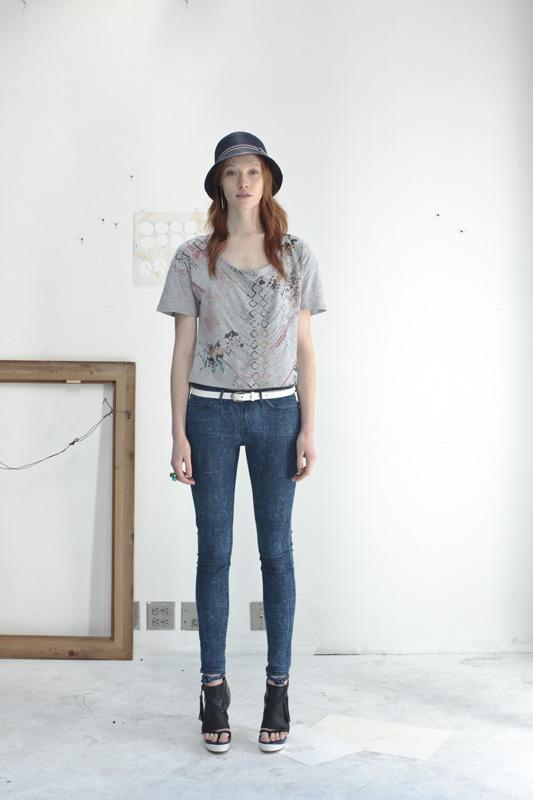 levis_jeans_Girls_2